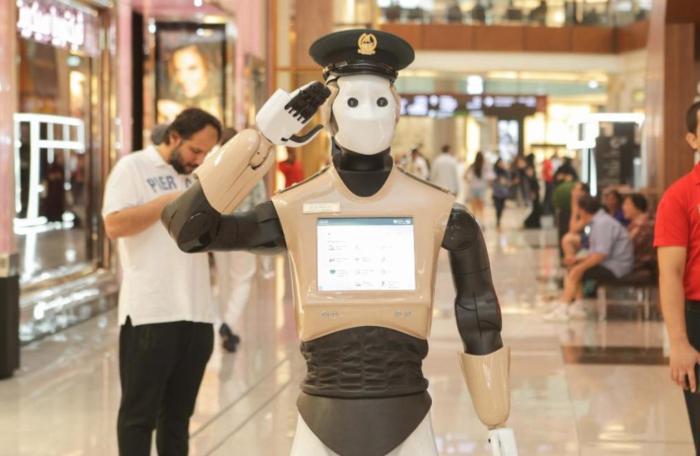 robot-cop-dubai-police-robocop